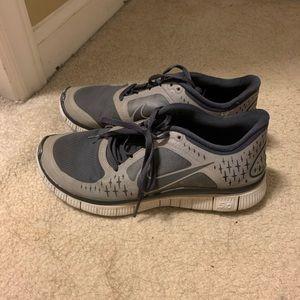 Nike Shoes - Gray Nike shoes